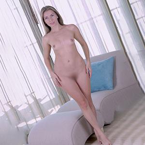 Dama soltera Dora prostitutas 7 Escort Berlin Conoce juegos íntimos suaves con tus dedos a través de la búsqueda de pareja